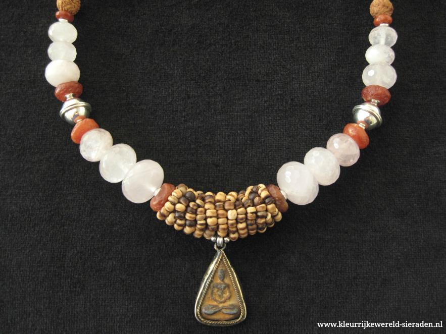 nw-11-h-rosekwarts-neolithische-kwarts-zilver-boeddha-amulet-883x662