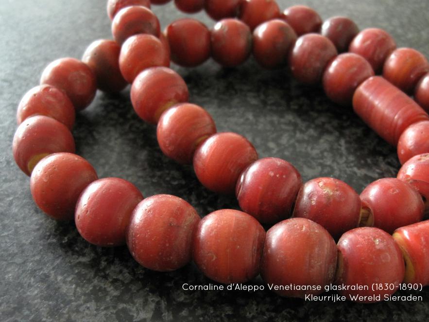 cornaline-d-aleppo-kleurrijke-wereld-sieraden