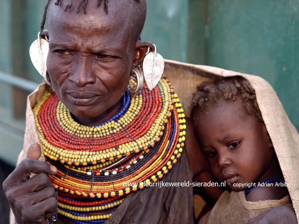 Goede Doelen - Survival International - Kleurrijke Wereld Sieraden